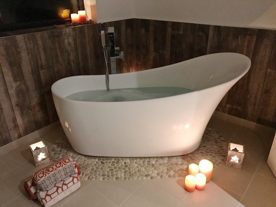 bathtub, bathroom